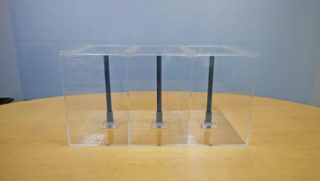 【オーダーメイドアクリル水槽】ソケットベース加工付き3槽水槽